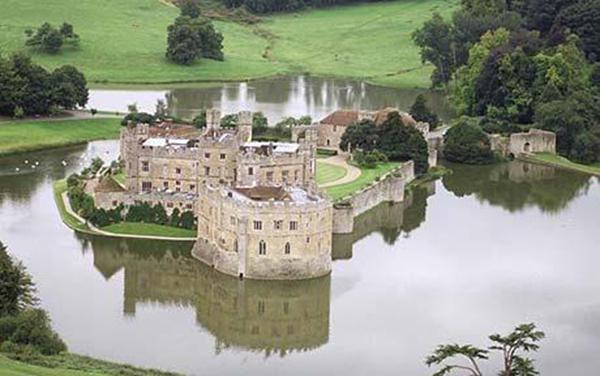 Canterbury And Leeds Castle Tour