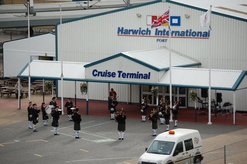 Transfer from Heathrow to Harwich Cruise Port £187.00