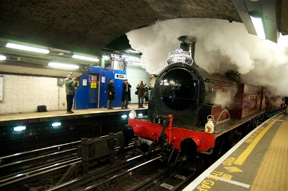 It's Steam and Tea at TFL's Steam on the Met 2016