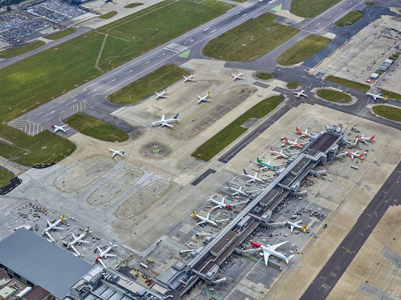 Gatwick Airport Accused of Using 'the Back Door' in Proposal to Use Emergency Runway