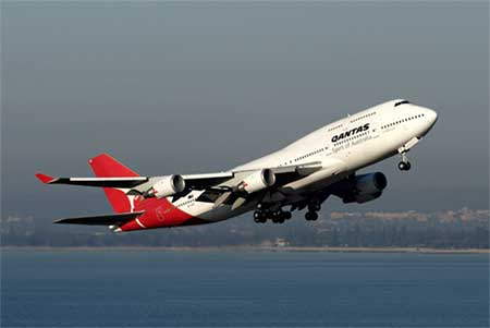 Qantas Airline Launches New Non-Stop Flight From Perth to London